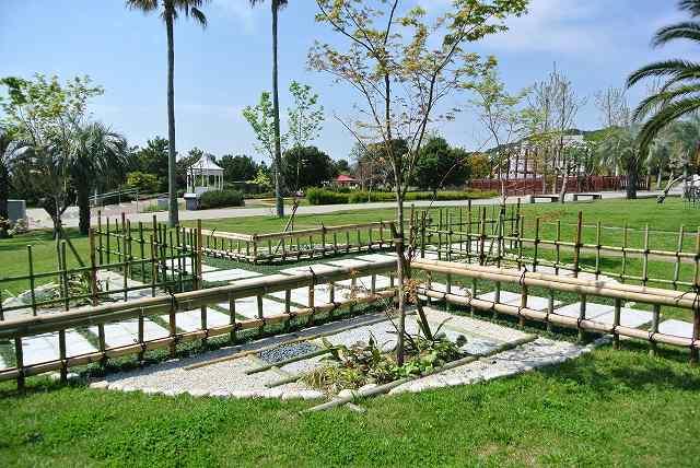 竹の和の庭